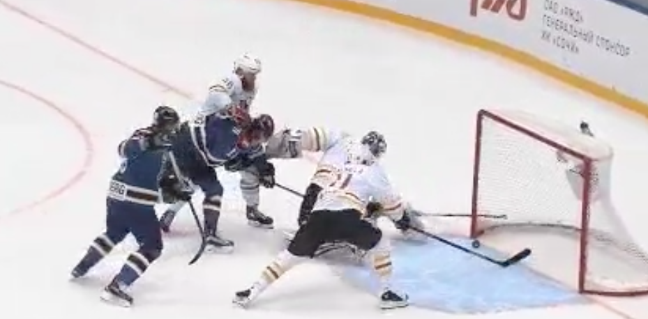 Video: Anssi Salmela pelasti varman maalin eilen KHL:ssa | Laitataklaus.com