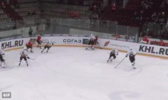 KHL:ssä nähtiin eriskummallinen oma maali