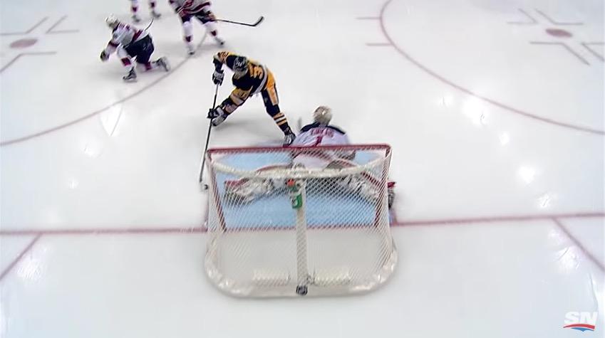 NHL:ssä nähtiin jälleen liuta hienoja osumia