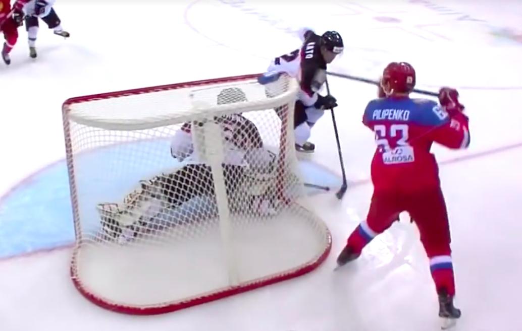 Video: Venäläispelaaja teki ilmaveivimaalin talviuniversiadeissa | Laitataklaus.com