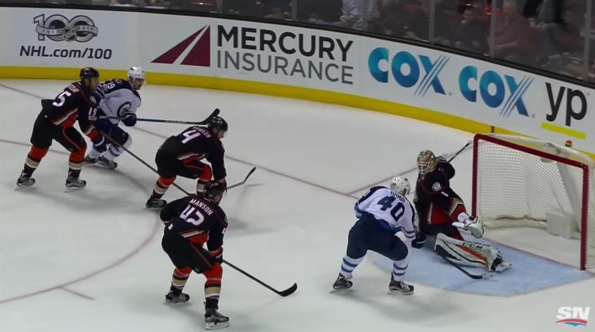Video: Armia ryöstettiin yön NHL-kierroksella - Winnipeg hävisi