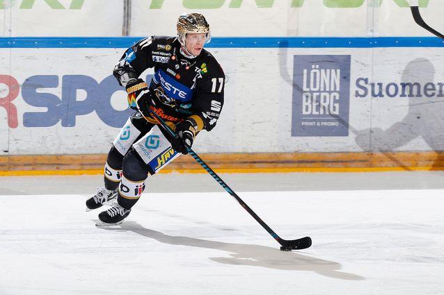 Mika Pyörälä valittiin Liigan runkosarjan parhaaksi pelaajaksi - katso kaikki palkitut | Laitataklaus.com