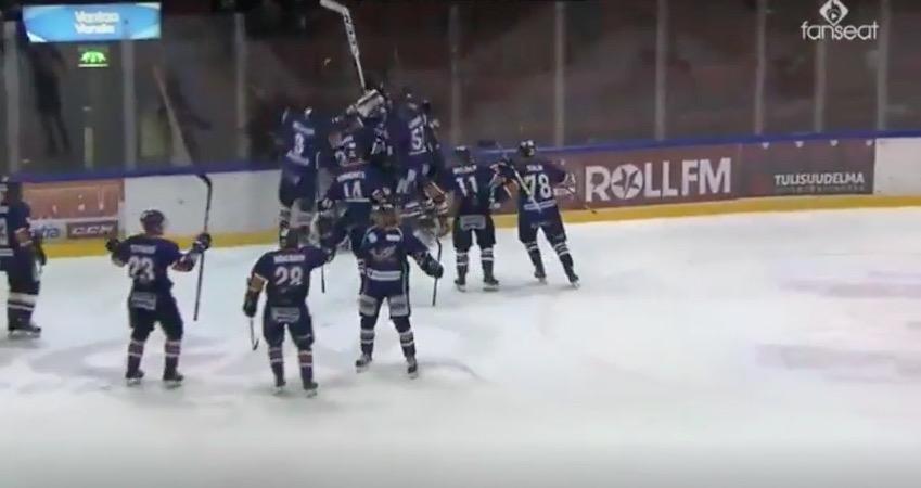 Video: Kiekko-Vantaa ja TUTO tahkosivat lähes 160-minuuttisen ottelun
