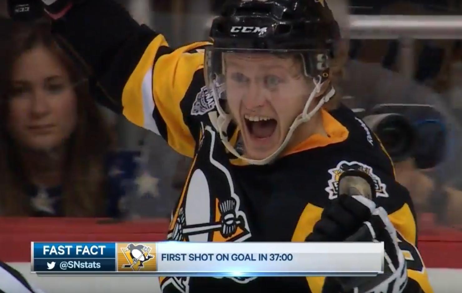 Video: Penguins vei ensimmäisen - Rinteen finaaliavauksesta painajainen   Laitataklaus.com