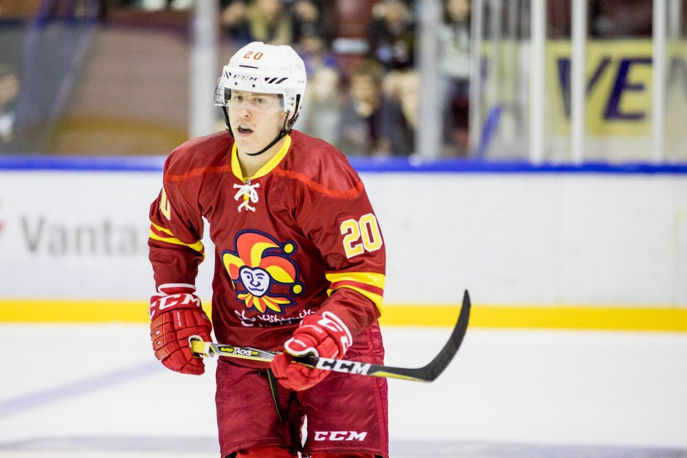Suomalaishyökkääjä Eeli Tolvanen halutaan NHL:ään pikaisella aikataululla