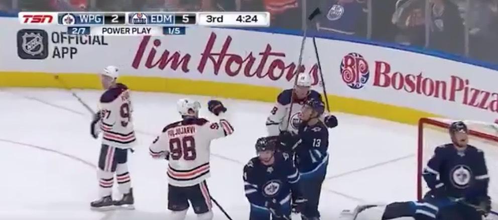 Jesse Puljujärvi Edmonton Oilers NHL / Laitataklaus.com