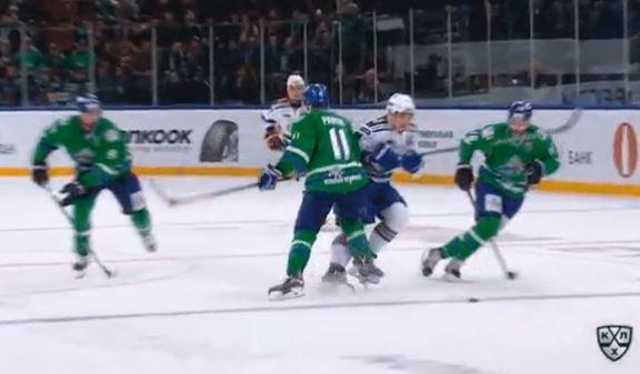 Video: Panin taklasi polvella - seurauksena 4 ottelun pelikielto
