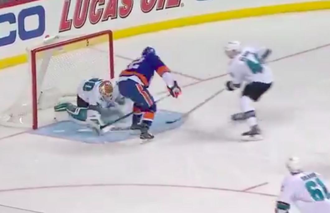 Video: Josh Bailey teki uskomattoman taidokkaan osuman NHL:ssa