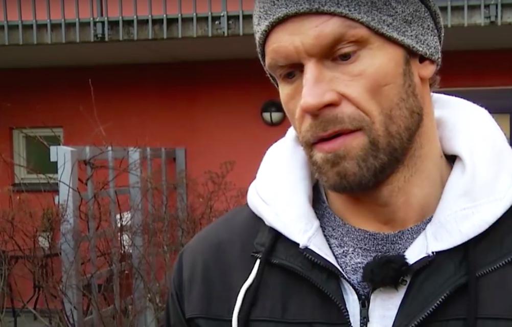 Jere Karalahti kirjassaan - Summasella kaksi tavoitetta HIFK:ssa: