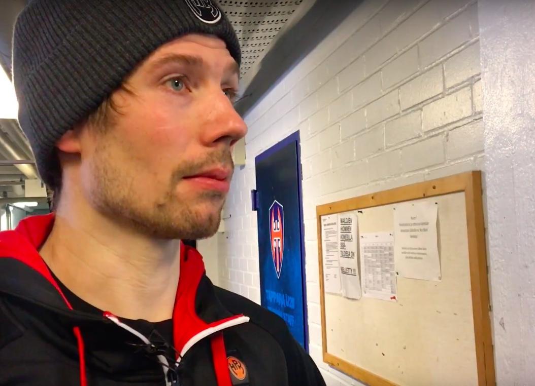 Video: HPK:n Janne Lahti pelikieltoon tuomariin törmäämisestä
