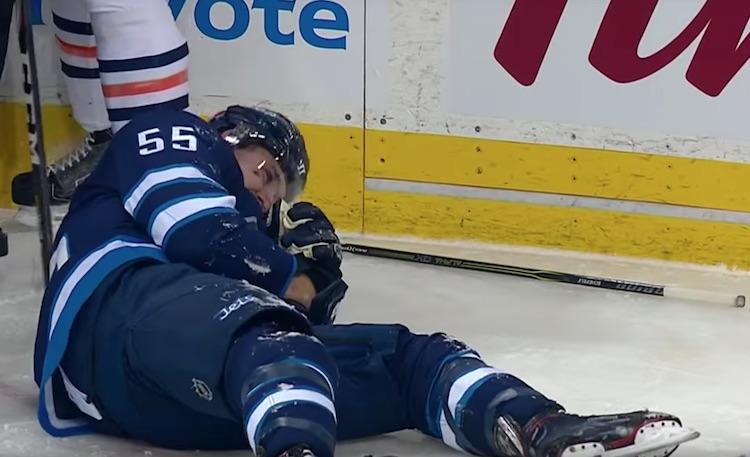 Mark Scheifele loukkaantui Winnipeg Jetsin voitokkaassa ottelussa Edmonton Oilersia vastaan.