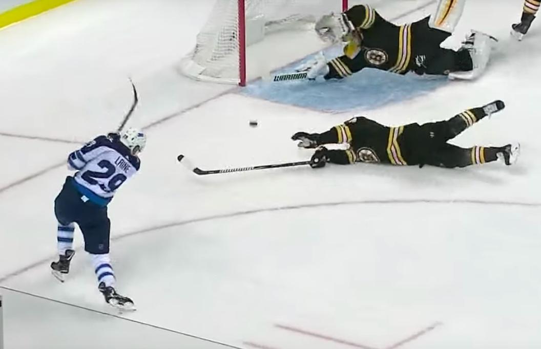 Video: Laine löi ottelun tasoihin Bruinsin sekoilun jälkeen | Laitataklaus.com