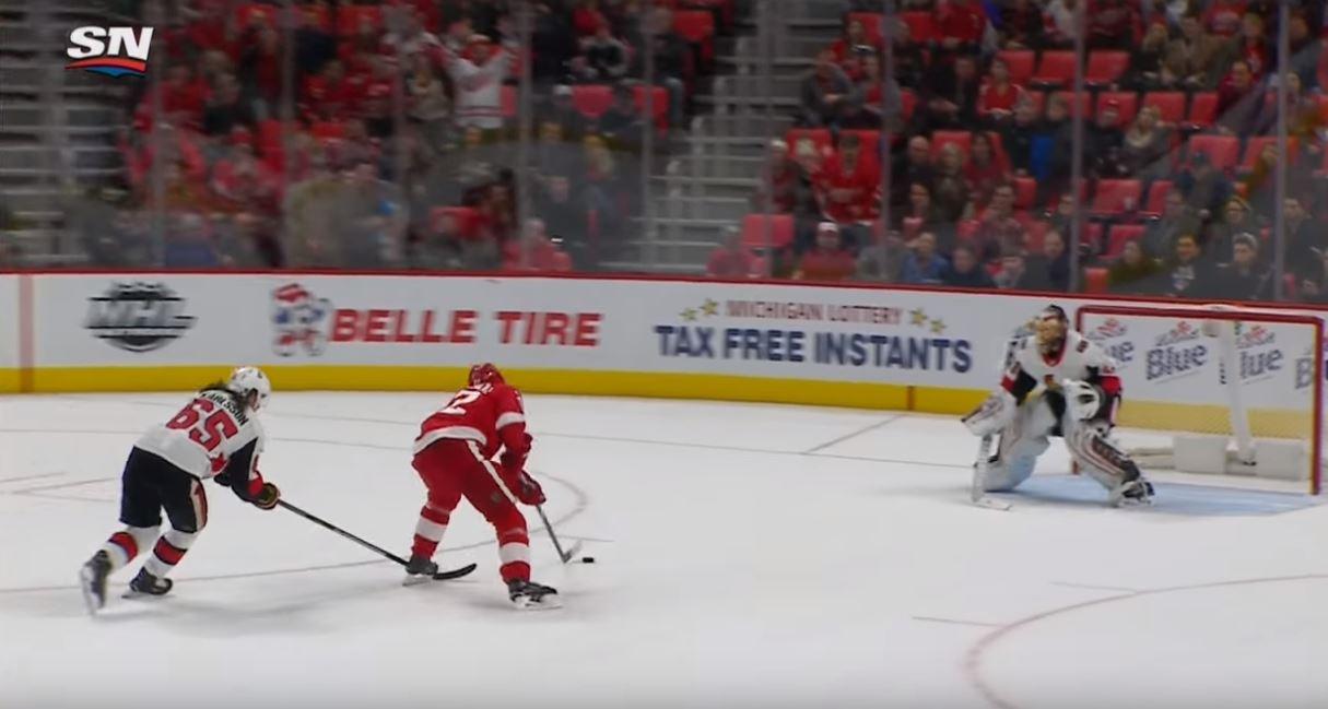 VIDEO: Andreas Athanasiou sivusi NHL-historiaa - JA-osuma 6 sekuntiin