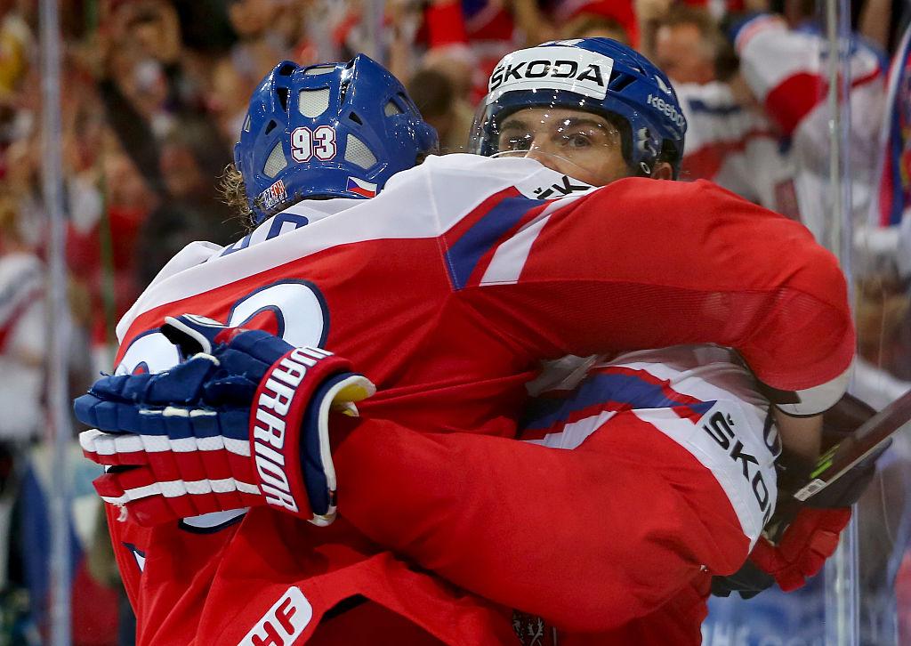 Jaromir Jagrin pelaajaura jatkuu kasvattiseura HC Kladnossa, jonka hän myös omistaa.
