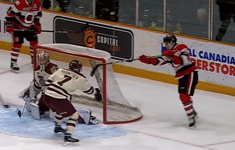 VIDEO: Graeme Clarke taikuroi hävyttömän ilmaveiviosuman OHL:ssä