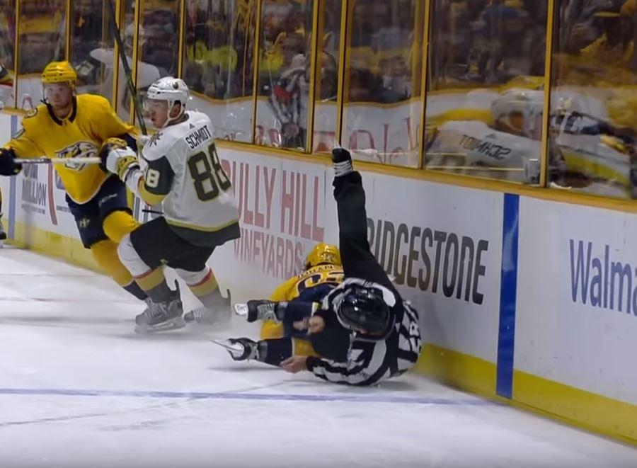 VIDEO: Ryan Johansen liukastui - kaatoi vahingossa tuomarin mukanaan