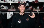 Huhujen kohteena - vaihtaako NHL:n viikon kakkostähti Antti Raanta maisemaa?