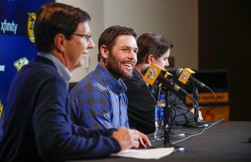 Mike Fisher on tekemässä paluun NHL:ään. Mies teki yksivuotisen sopimuksen Nashville Predatorsin kanssa.