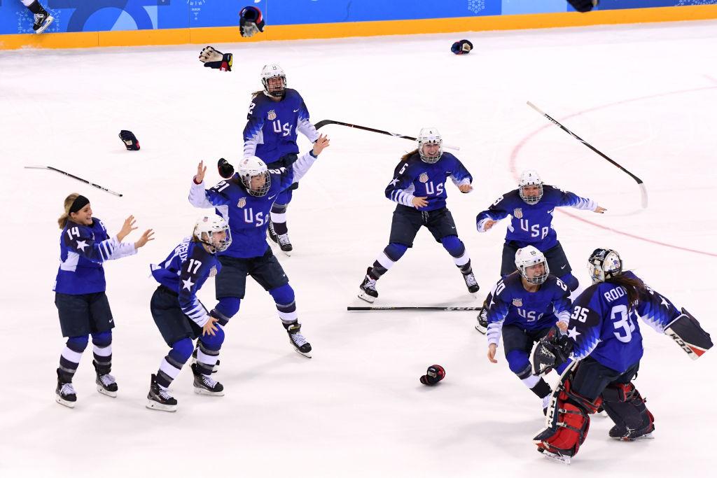 Naisten finaali Pyeongchangin olympialaisissa päättyi Yhdysvaltain juhliin.