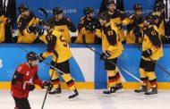 Saksa vastasi olympiakiekon suurimmasta pommista - kaatoi Kanadan ja jatkaa finaaliin!