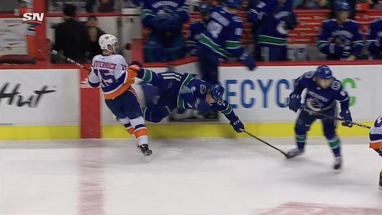Brock Boeser loukkaantui todella ikävän näköisesti kotiottelussa New York Islandersia vastaan.