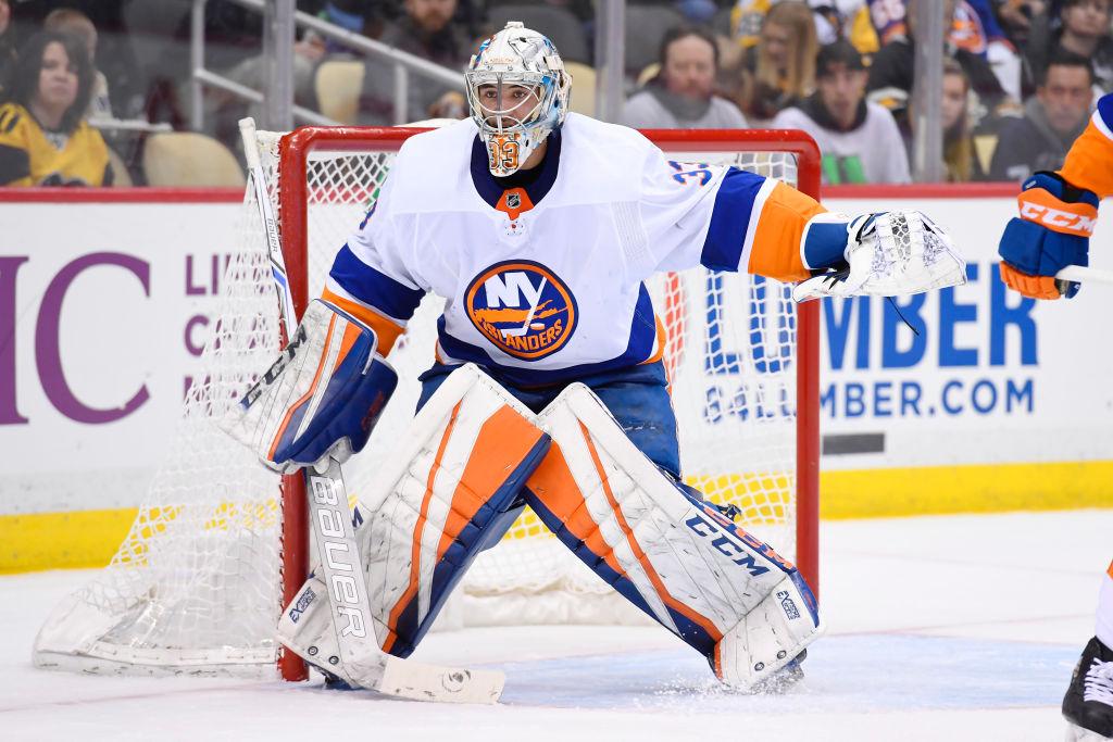 Suomalaisvahti Christopher Gibson pelasi ensimmäisen NHL-ottelunsa lähes kahteen vuoteen ja hyvin pelasikin.