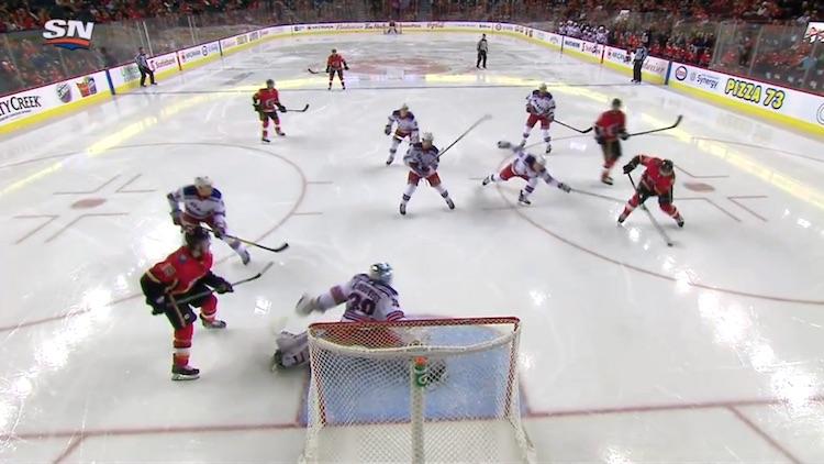 Henrik Lundqvist esitti parasta osaamistaan ottelussa Calgary Flamesia vastaan, kun hän torjui 50 laukausta.