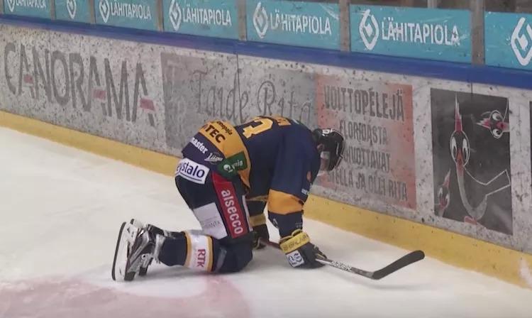 Lauri Tukosen kausi on jälleen ohi ennen aikojaan, kun hän loukkasi mitä ilmeisimmin olkapäänsä.