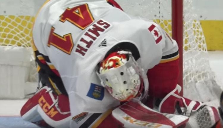 Mike Smithille sattui loukkaantuminen jo lokakuisessa ottelussa Anaheim Ducksia vastaan.