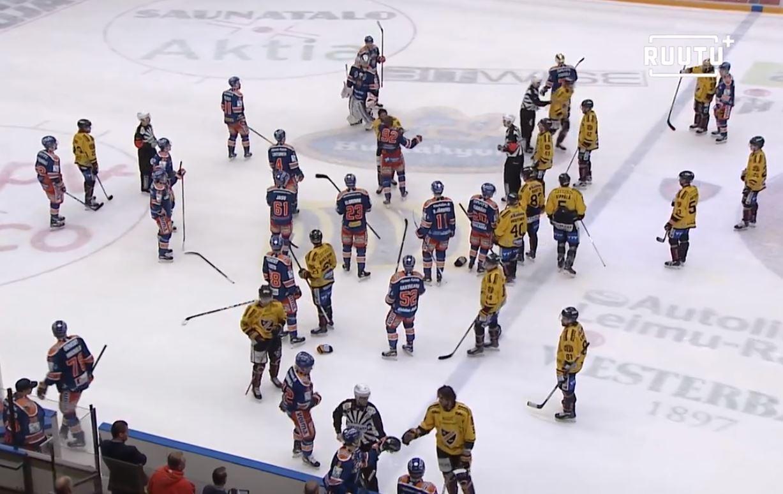 VIDEO: Tapparan ja KalPan välinen playoff-taisto päättyi joukkorähinään
