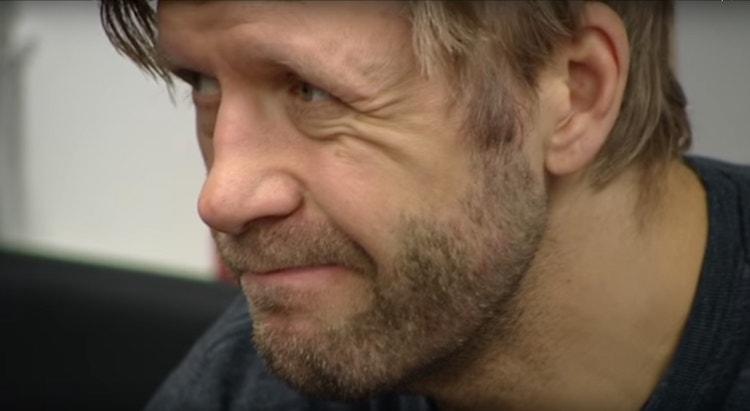 Tomi Kalliosta TPS:n pelaajatarkkailija.