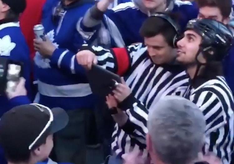 VIDEO: Toronton tuomarit tekivät paluun! Yleisö
