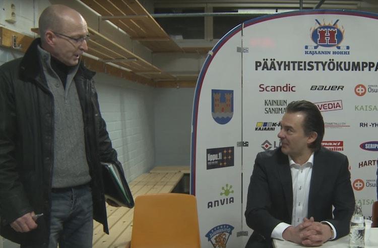 HCK:n valmentaja sekosi ottelun jälkeisessä lehdistötilaisuudessa erotuomaritarkkailijalle.