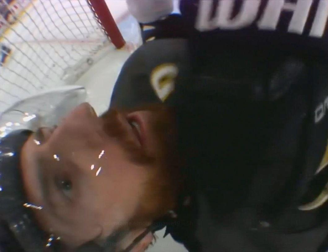 VIDEO: Dustin Byfuglien lähestyi - James Neal naama jäykkänä kauhusta