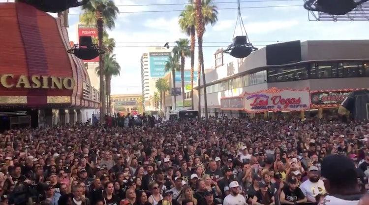 VIDEO: Las Vegas on kiekkokaupunki isolla K:lla - faneilla valtavat juhlat!