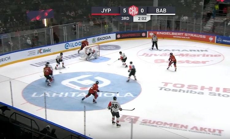 VIDEO: Markus Jokinen jyrättiin pystyyn - CHL:ltä kolmen ottelun pelikielto
