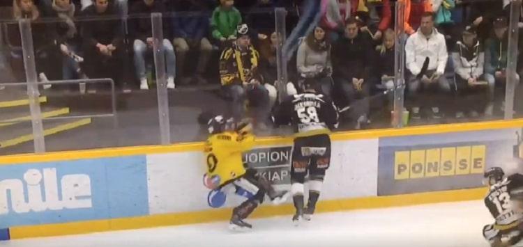 VIDEO: Jani Hakanpää sai tästä taklauksesta 5+20