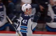 Kristian Vesalainen pääsi NHL-joukkueeseen - pudotuspelidebyytti tulossa?
