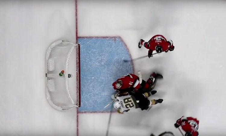 VIDEO: Maalivahdin estäminen vai ei? NHL:ssä kyseenalainen maali