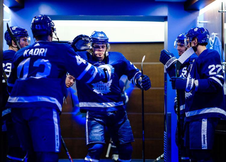 Kasperi Kapanen teki kolmen vuoden jatkosopimuksen Toronto Maple Leafsin kanssa.