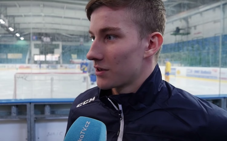 Nuorten MM-kisoissa loistanut Lukas Dostal siirtyy Ilvekseen