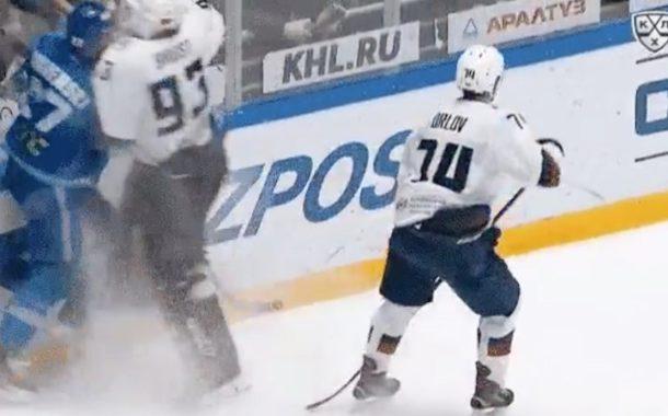 VIDEO: Ron Hextall, oletko se sinä? KHL:ssä maalivahti jysäytti taklauksen