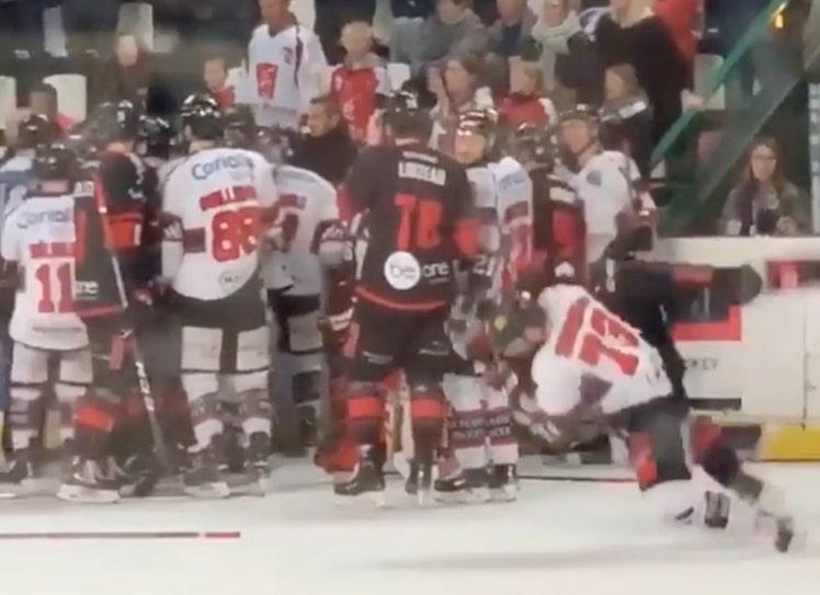VIDEO: Ranskan liigassa oksettava temppu - sai jopa omalta joukkueeltaan pelikieltoa