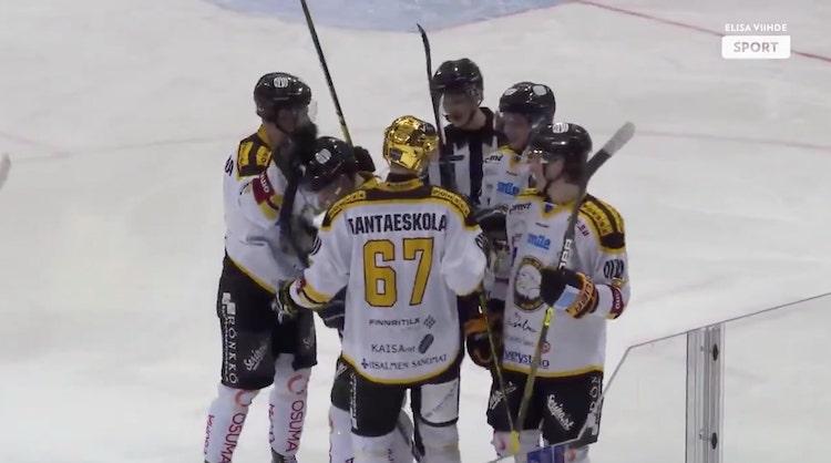 VIDEO: Suomen viihdyttävintä kiekkoa? Mestiksessä taiottiin ilmaveivimaali!