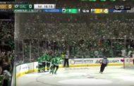 VIDEO: Dallasin suomalaiset ilmiliekeissä - Pekka Rinne tykitettiin vaihtoon