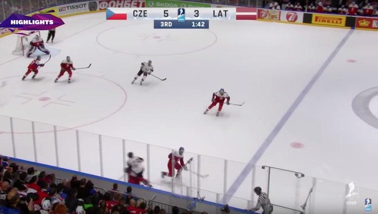 VIDEO: MM-kisoissa jaettiin pelikieltoa - Radko Gudas jyrättiin