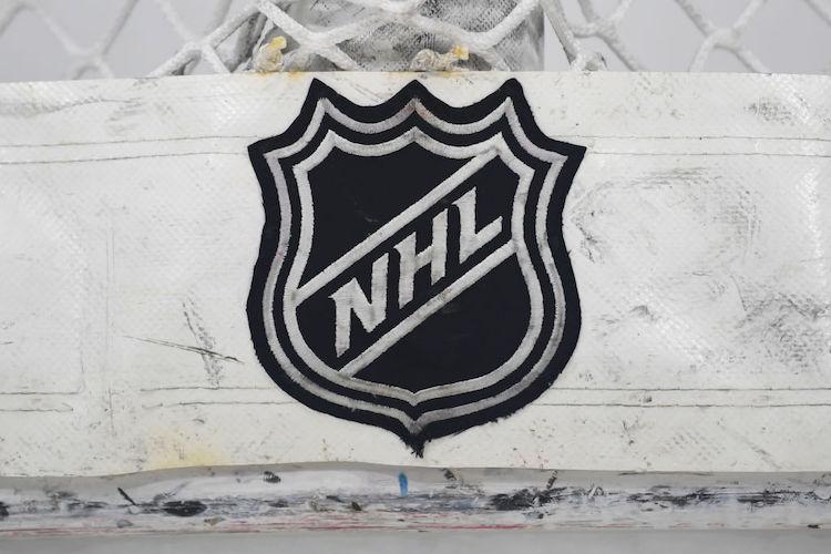 NHL-seurat törsänneet huolella - 500 miljoonaa palanut kahdessa tunnissa