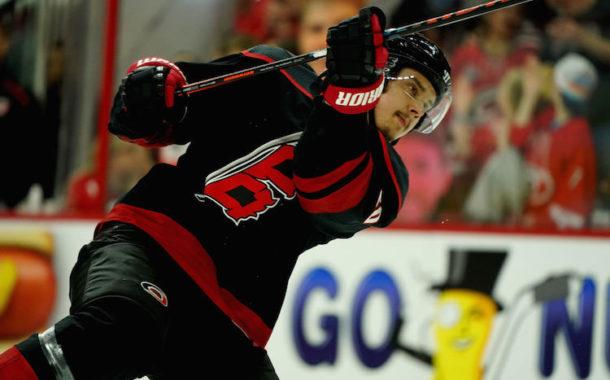 NHL näkyy viikonloppuna ilmaiseksi! Aho ja Barkov vauhdissa