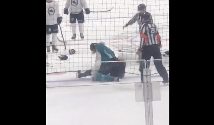 VIDEO: Sharksin harjoitusleirillä hurja tappelu - pelaajaa lyötiin vielä jään pinnalla