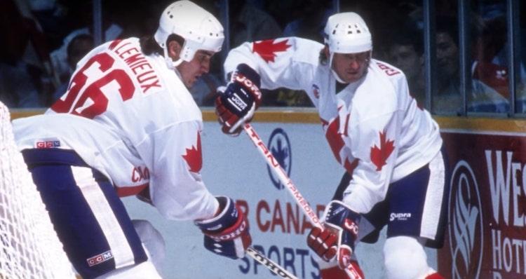 Wayne Gretzky vs. Mario Lemieux - kumpi on kaikkien aikojen pelaaja?